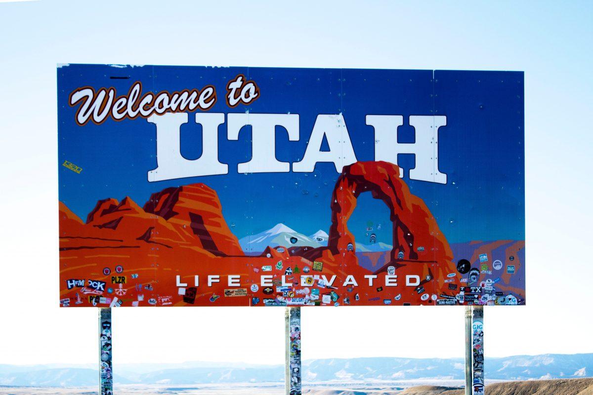 Sign saying Welcome to Utah